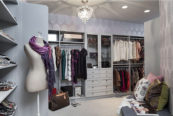 Modern-Walk-in-Closet-for-Woman-with-Mannequin
